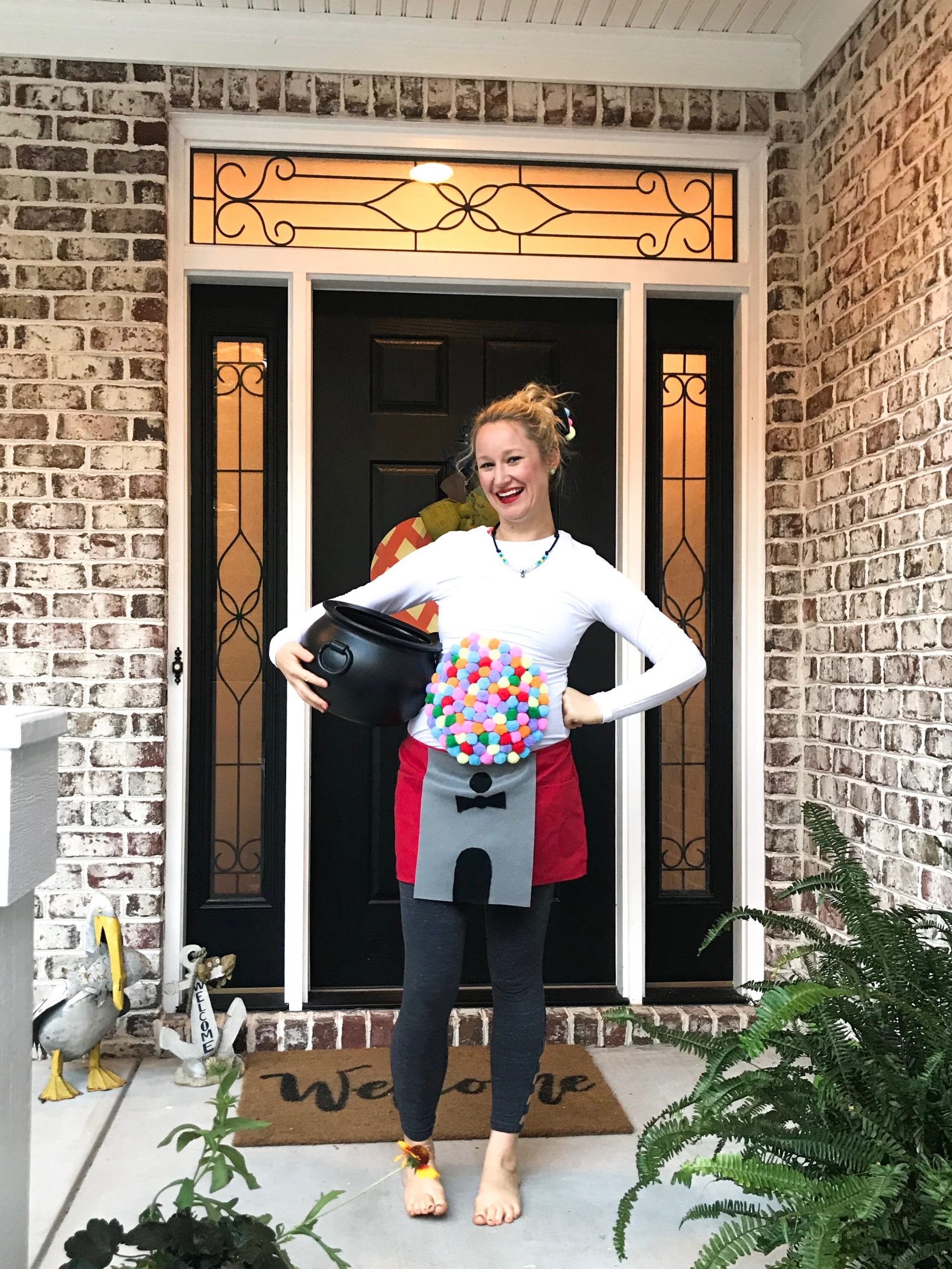 Fun Maternity Costumes for Halloween | DIY Gumball Machine Maternity Costume