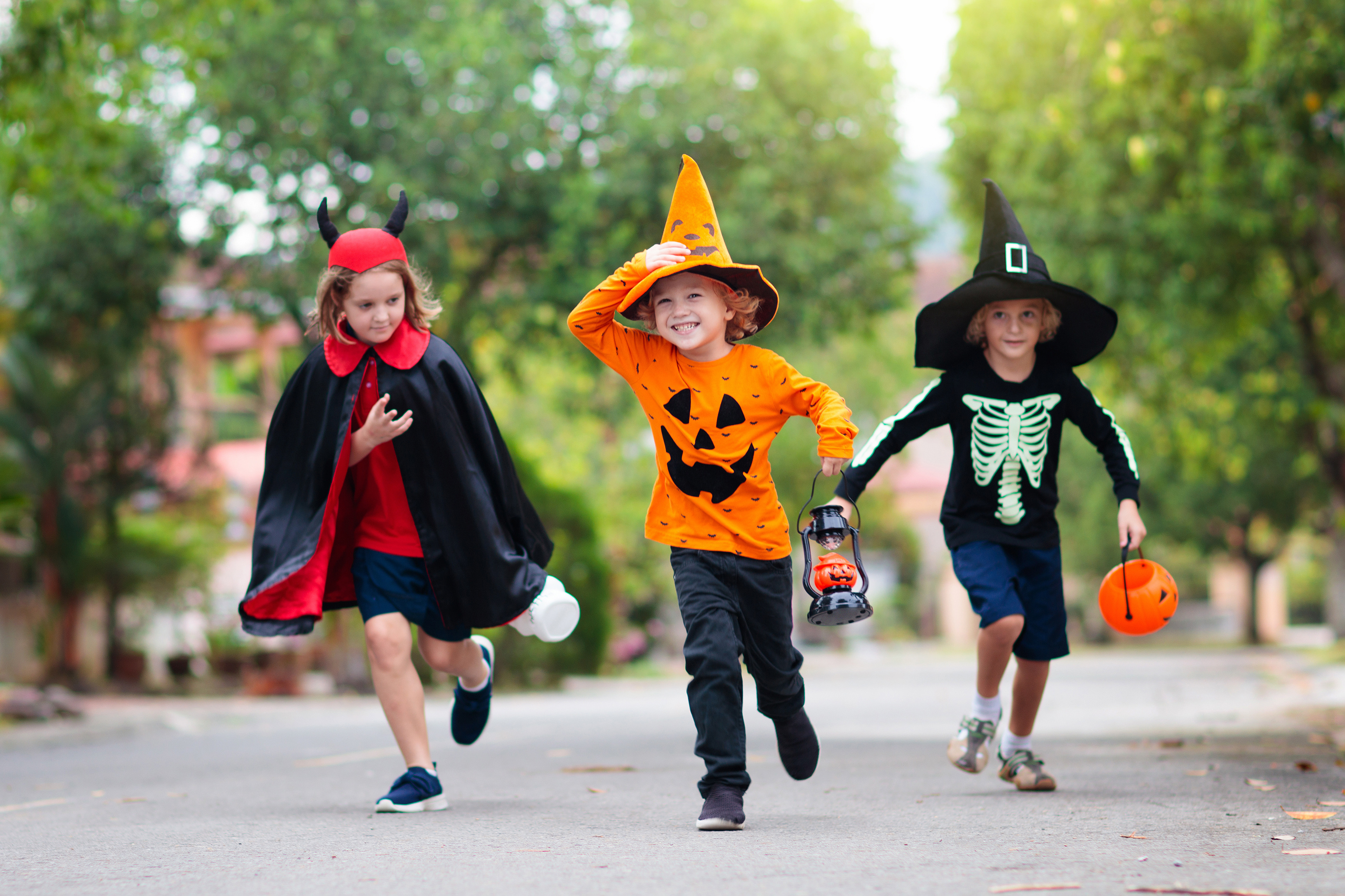 Six Trick-Or-Treating Safety Tips