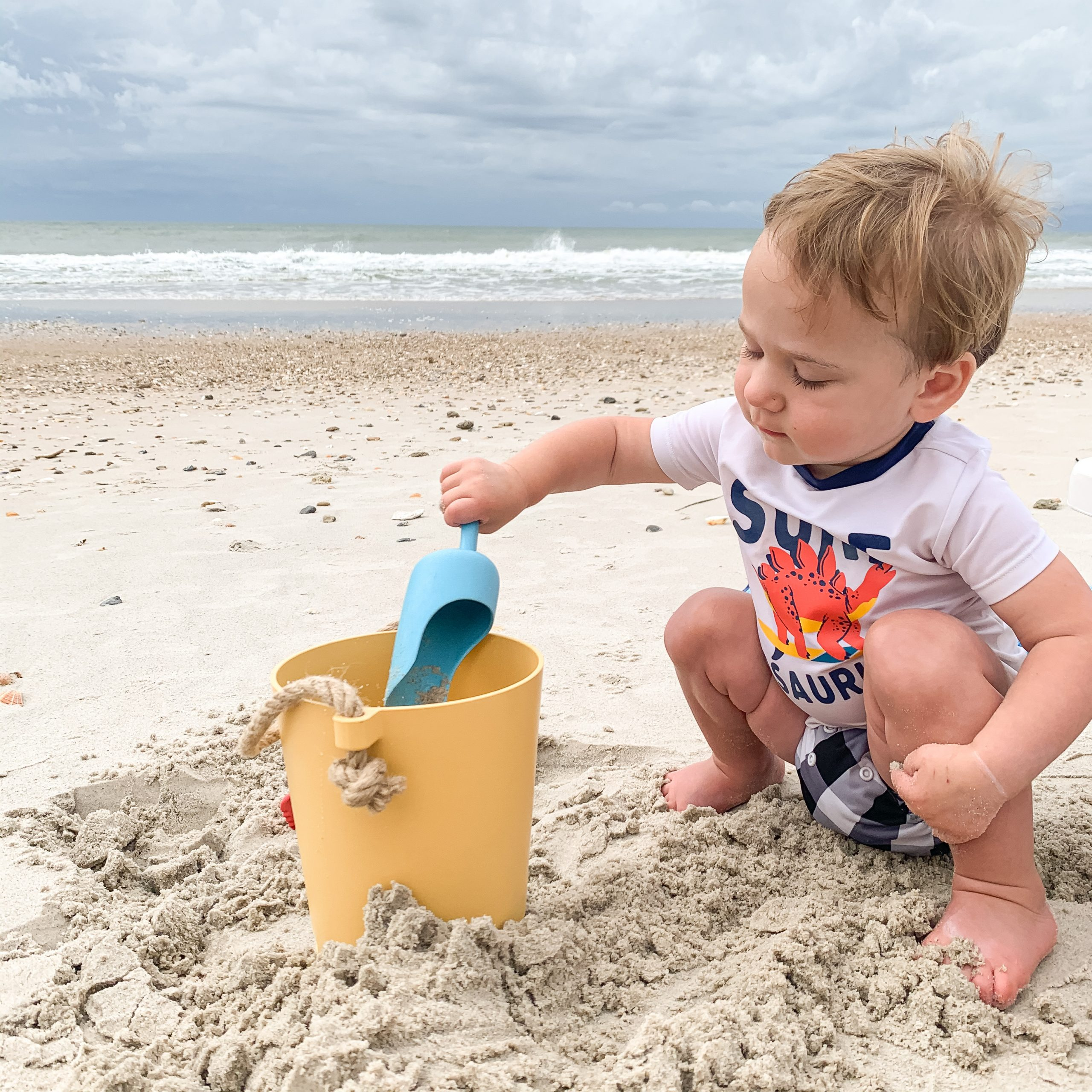 10 Sustainable Water Toys for the Beach, Lake, and Sand