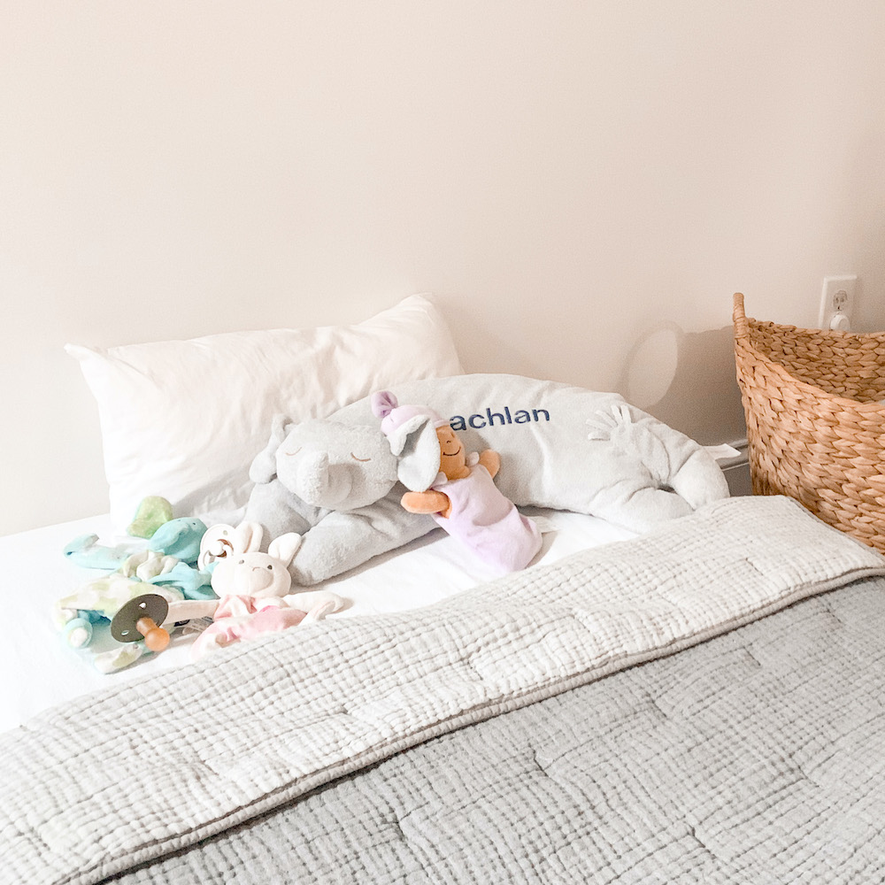 Transitioning To A Toddler Bed | When to Make the Switch